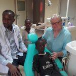 Senegal Krankenhaus Bilbassi e.V. - Zahnarztstühle Spende (3)
